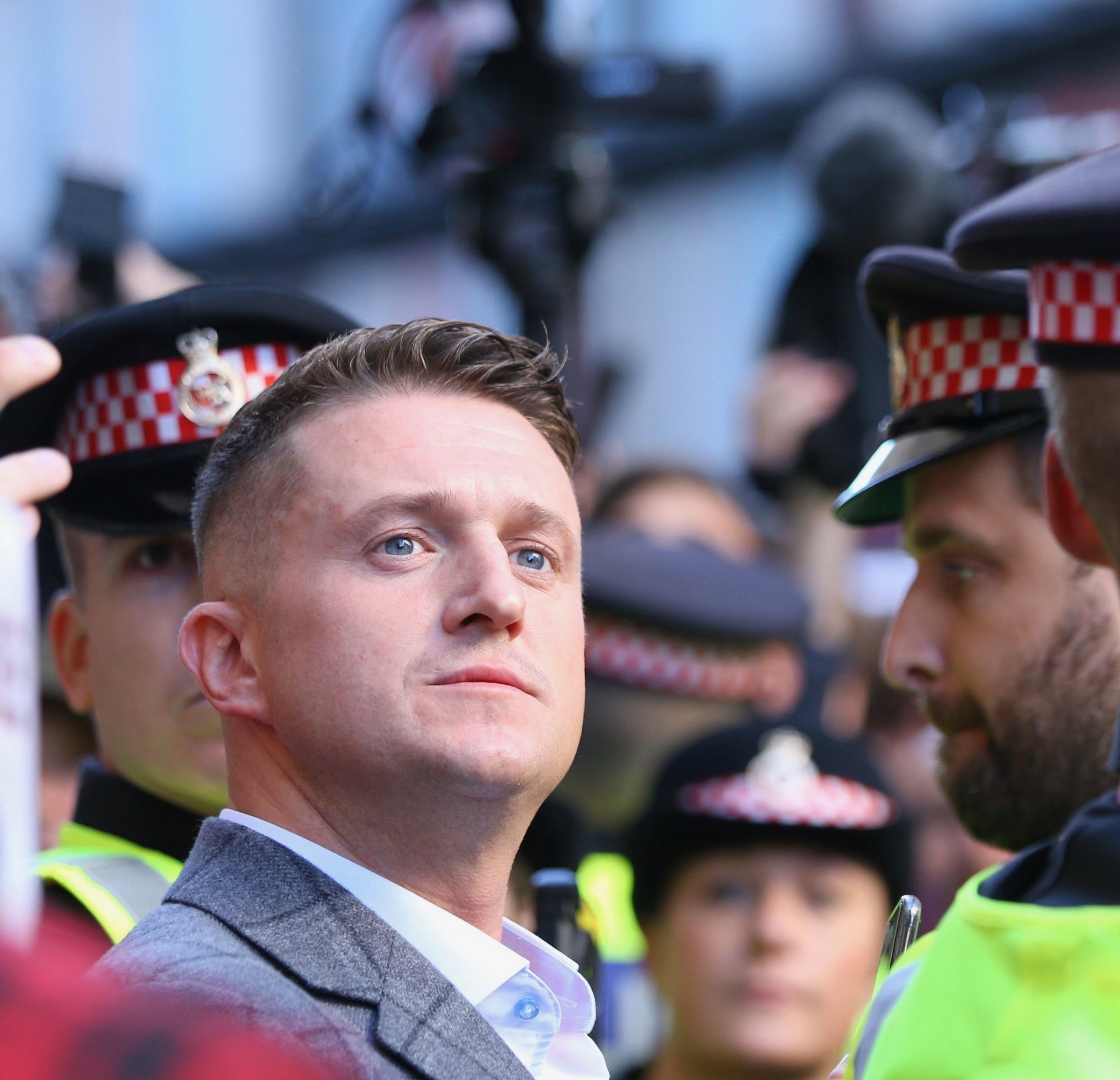 Tommy Robinson Contempt